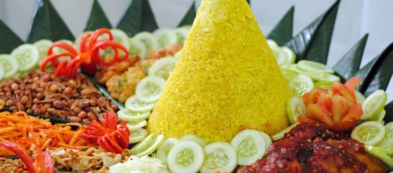 Menu Nasi Tumpeng Super